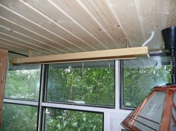 Инфракрасный обогреватель на балконе